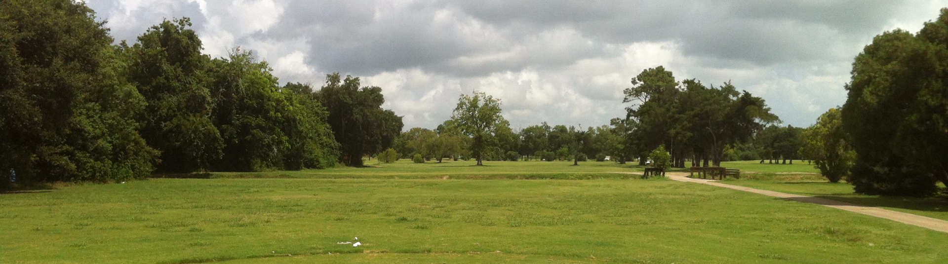 A gloomy day on the course at Hillcrest Golf Club